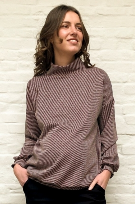 Turtleneck Matenity sweater - Red Sparkle