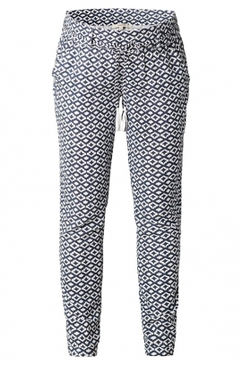 Light and fluid maternity pants with patterns