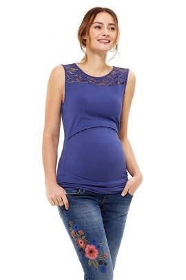 Maternity and nursing t-shirt with lace