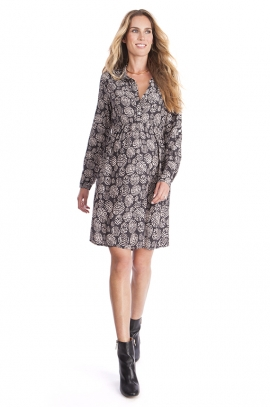 Maternity and nursing dress with adjustables sleeves
