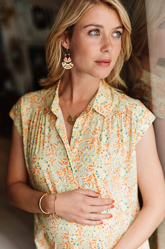 Floral maternity and nursing blouse